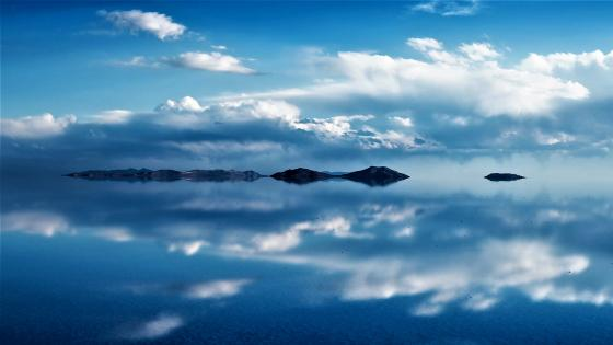 Reflected clouds wallpaper