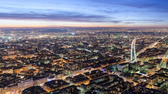Nighttime in Paris wallpaper