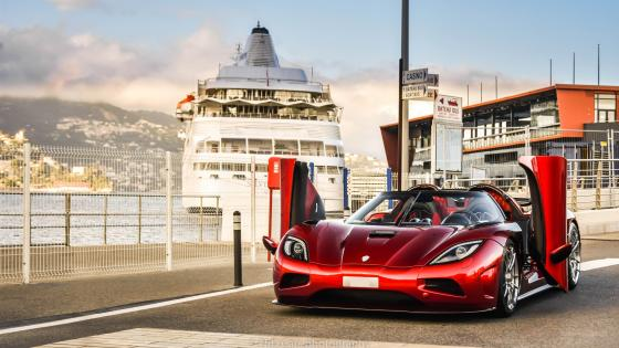 Red Koenigsegg Agera R wallpaper