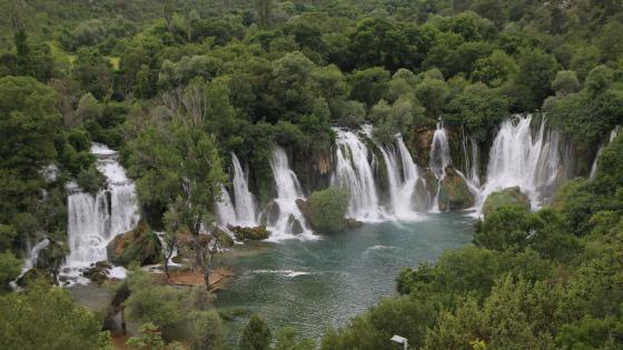 Kravice Waterfalls, Bosnia wallpaper