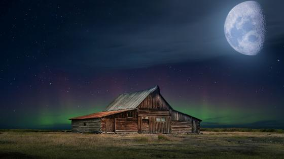 Barn in the moonlight wallpaper