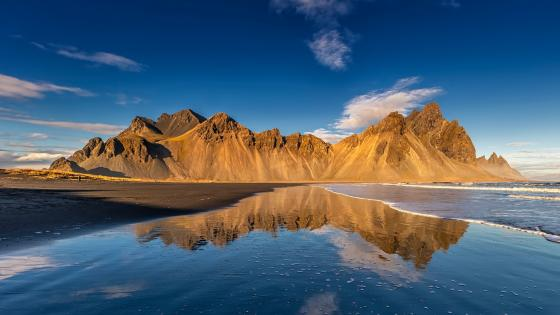 Vestrahorn Mountains, Stokksnes wallpaper