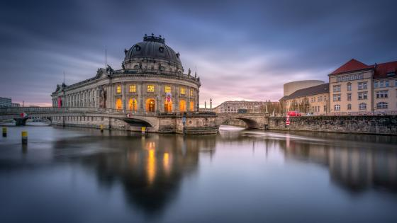 Bode Museum and Monbijou Bridge wallpaper