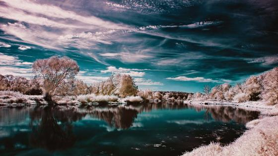 Hoary winter river reflection wallpaper