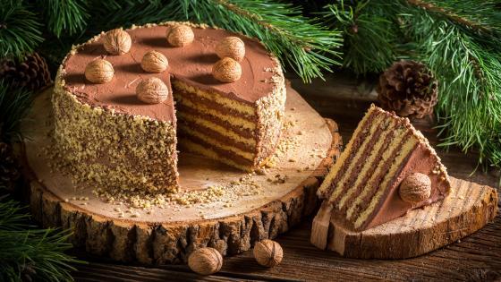 Walnut cake wallpaper
