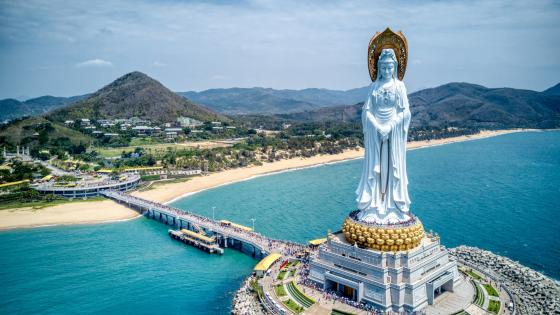 Guanyin of Nanshan statue in Sanya wallpaper