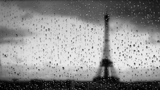 Blurry Eiffel Tower on a rany day monochrome photo wallpaper