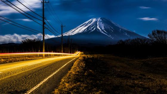Freeway to a volcano wallpaper