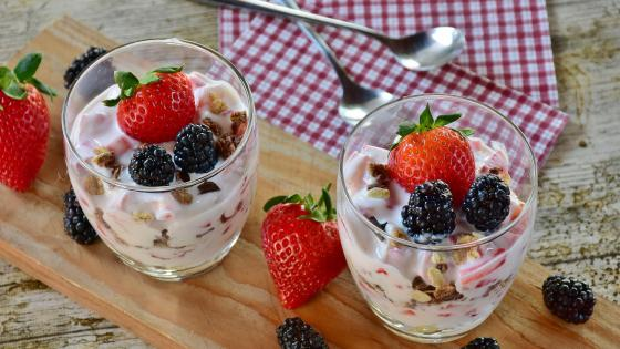 Yogurt with strawberries and blackberries wallpaper