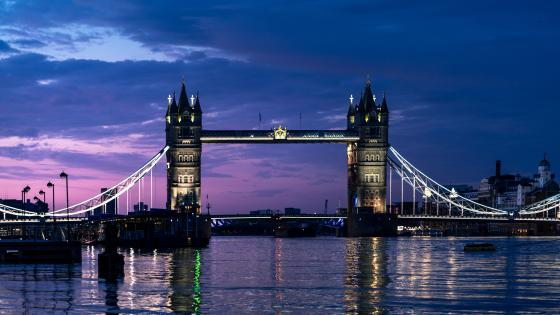 The Tower Bridge and the Thames at night wallpaper
