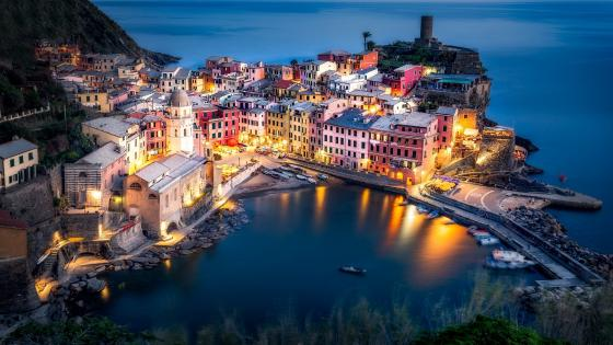 Vernazza bay wallpaper