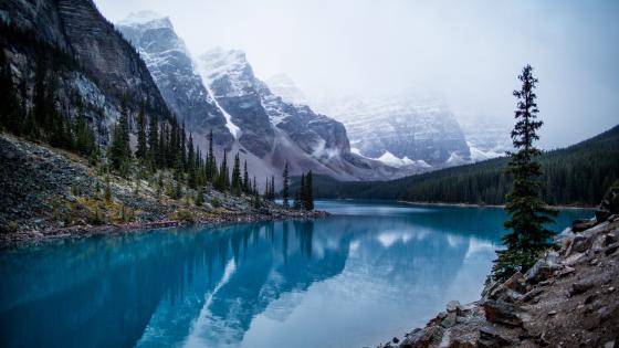 Moraine Lake, Canada wallpaper