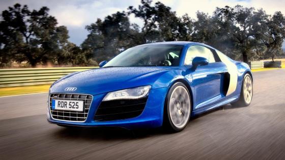Audi R8-V10 wallpaper