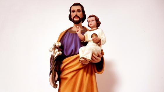 Saint Joseph With The Child Jesus wallpaper