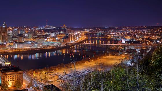 Pittsburgh, Pennsylvania at Night wallpaper