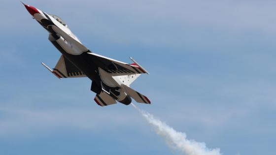 USAF Thunderbirds Air Demonstration Squadron wallpaper