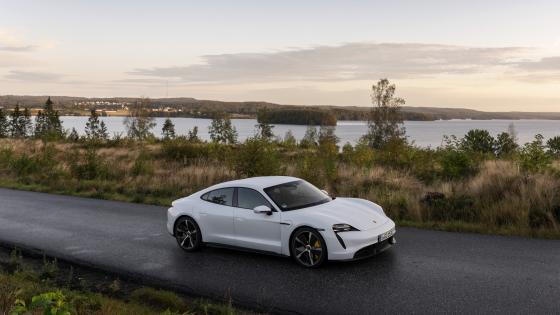 Porsche Taycan wallpaper
