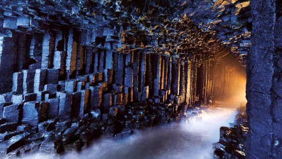 Fingals Cave Scotland wallpaper