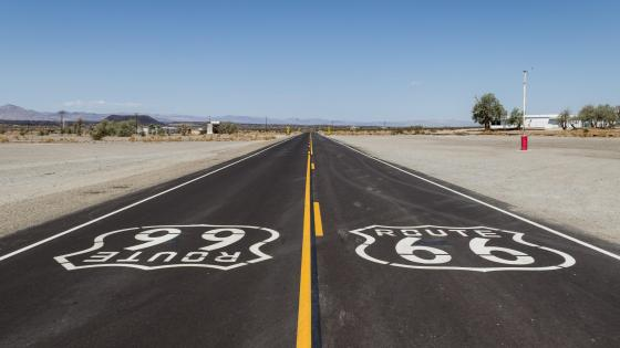 Historic Route 66 near Amboy, California wallpaper