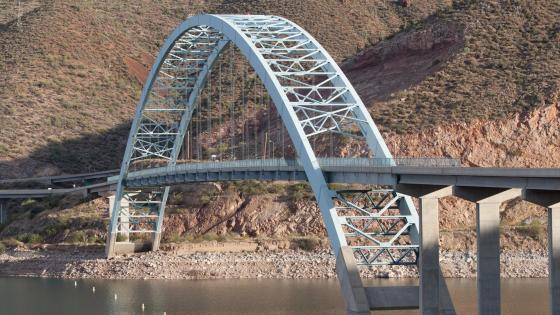 Roosevelt Lake Bridge wallpaper
