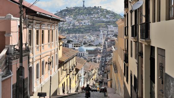 García Moreno Street in Quito wallpaper