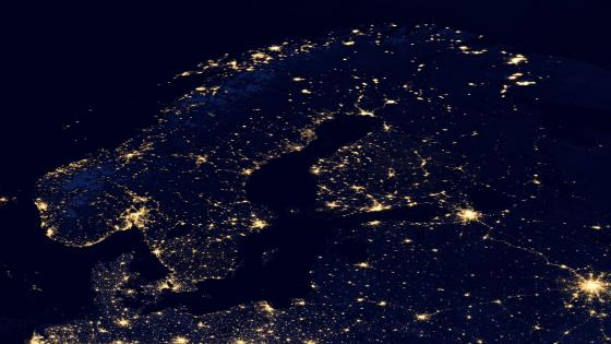 Night Lights of the Scandinavian Peninsula v2012 wallpaper