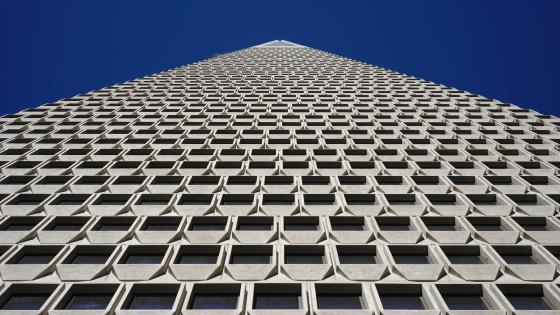 Worm's-Eye View of the Transamerica Pyramid wallpaper
