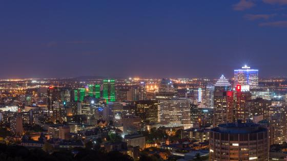 Montréal Cityscape at Night wallpaper