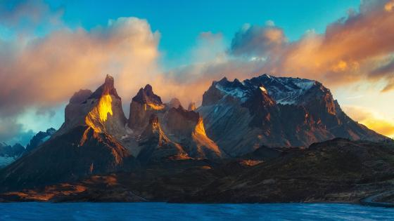 Torres del Paine National Park, Chile wallpaper