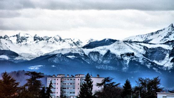 Mountain summits wallpaper
