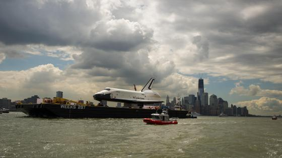 Space Shuttle Enterprise Move to Intrepid wallpaper