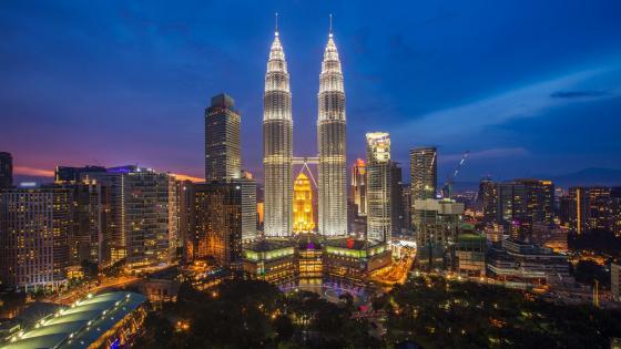 Petronas Twin Towers (Malaysia) wallpaper