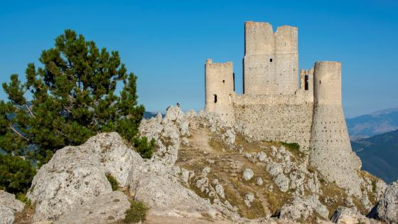 The Castle of Rocca Calascio wallpaper