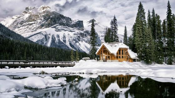 Emerald Lake Lodge, Canada wallpaper