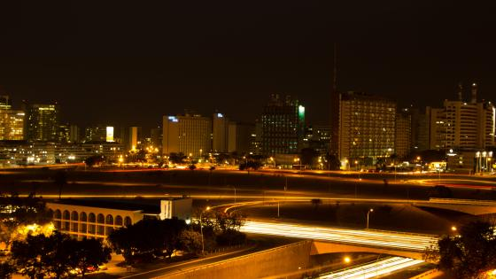 Light Trails in Brasilia wallpaper