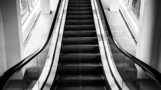 B&W Escalator wallpaper