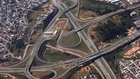 Aerial Photograph of an Interchange in São Paulo wallpaper