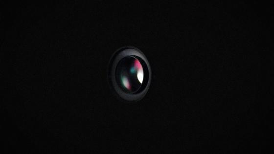 black lense wallpaper