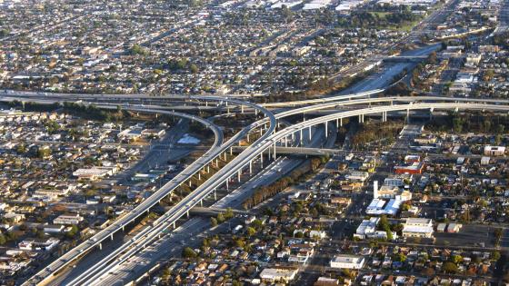 Interchange of I-405 & I-105 in Inglewood, CA wallpaper