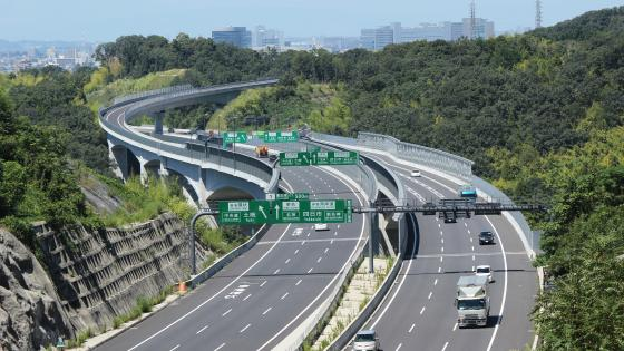 Shin-Tomei Expressway in Toyota, Aichi, Japan wallpaper