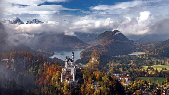 Neuschwanstein Castle, Bavaria wallpaper