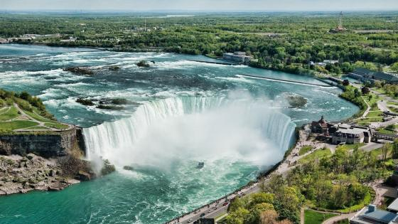 Horseshoe Falls wallpaper