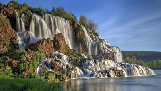 Cascading Waterfall wallpaper