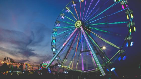 Ferris wheel Long Exposure wallpaper