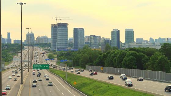 Highway 401 in Toronto wallpaper