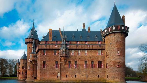 Castle De Haar, Netherlands wallpaper