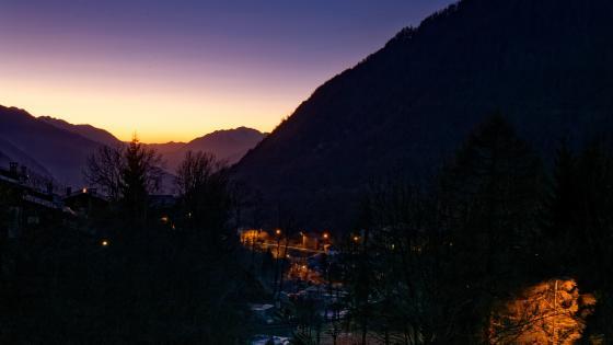 Sunset in Valtellina, Italy wallpaper
