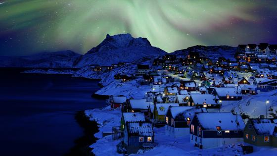 Aurora Borealis above Nuuk, Greenland wallpaper