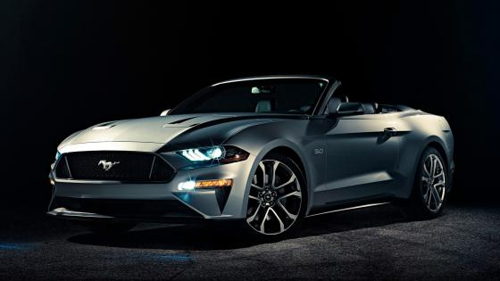 Ford Mustang GT Convertible wallpaper