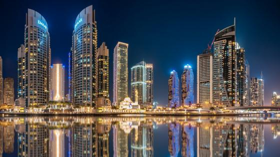 Dubai night reflection wallpaper